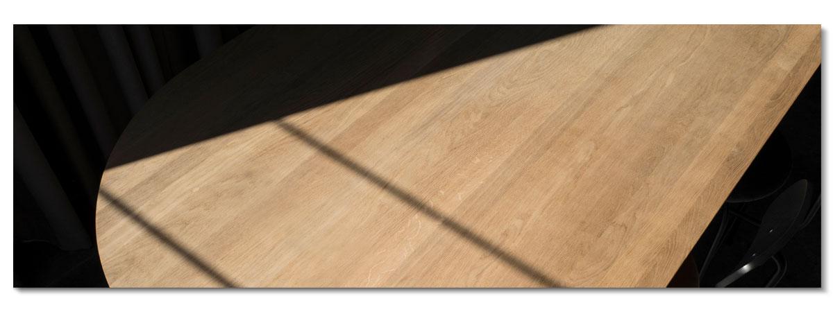 Bord i direkt solljus