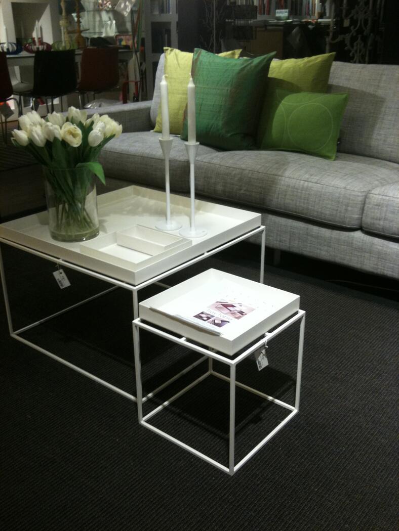 hay tray table kopia