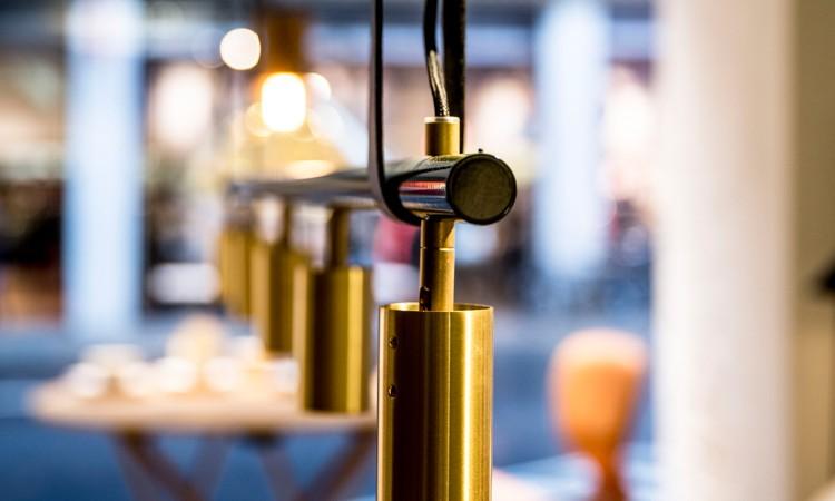 Rubn Long John i mässing med design av Niclas Hoflin