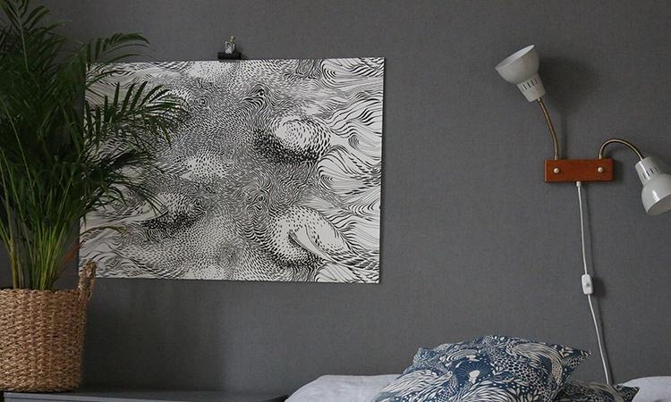 Postern Stäpphöna blir en fantastisk väggdekoration i vilket rum som helst