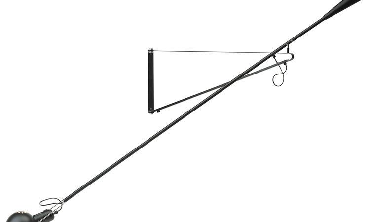 Vägglampan 265 i svart av Paolo Rizzatto för Flos