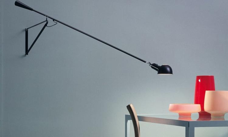 Du hittar lampan 265 från Flos fraktfritt på Olsson & Gerthel