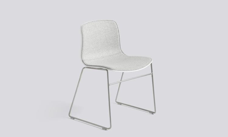 About a Chair modell AAC08 i Divina Melange med rostfritt stål
