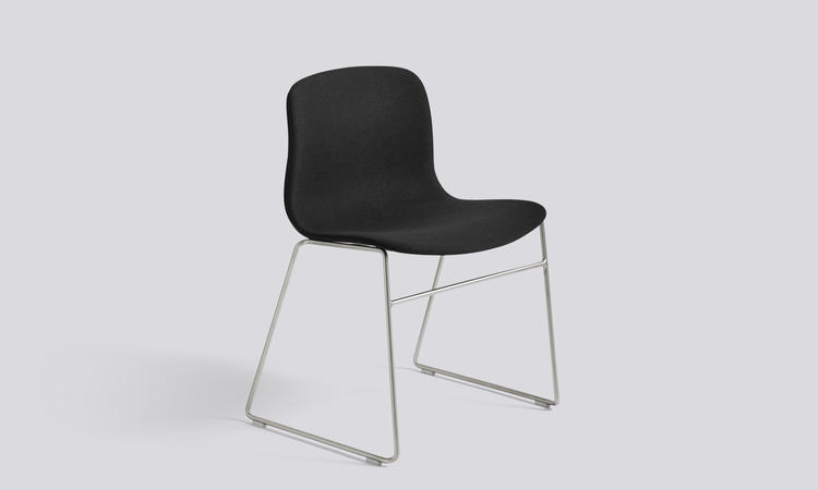 Stolen AAC09 från HAYs succéserie About a Chair