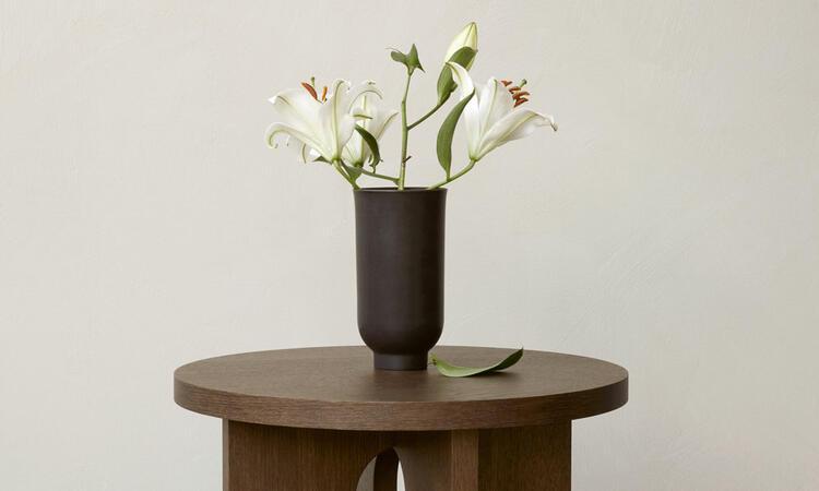 Androgyne Side Table från Menu