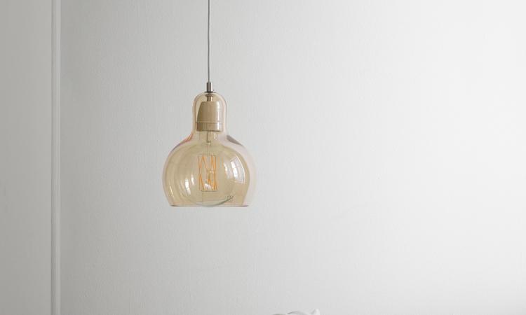 &tradition Mega Bulb SR2 Lampa Guld