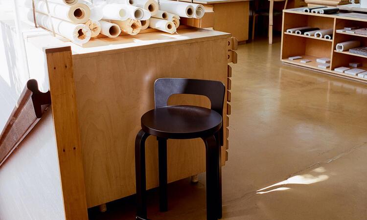 Artek High Chair K65 Barstol Svart