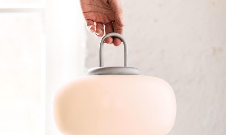 Astep Nox Bordslampa Silver