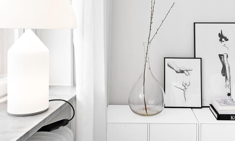 Välj din Atollo-lampa i flera storlekar och färger direkt på nätet