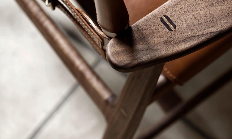 Carl Hansen & Søn BM1106 Huntsman Chair Stol i oljad valnöt med sadelläder