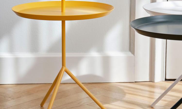 Bordet Dont Leave Me DLM från HAY finns i färger som vit, svart, grå, gul, grön mfl