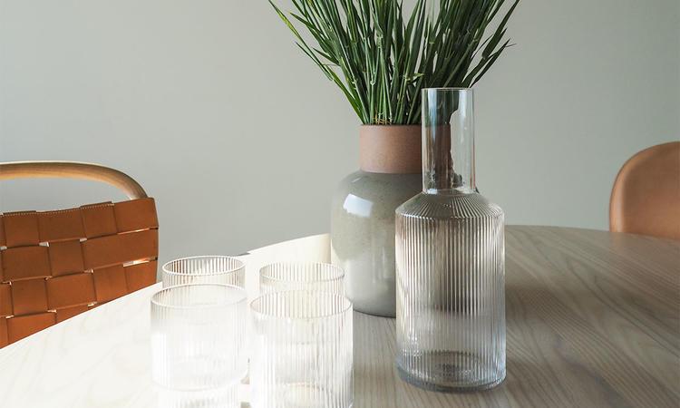 Ripple 4-pack Glas och karaff från Ferm Living © Olsson & Gerthel
