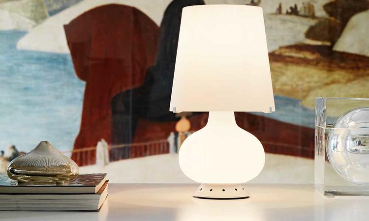 Bordslampan Fontana blir vackert lysande