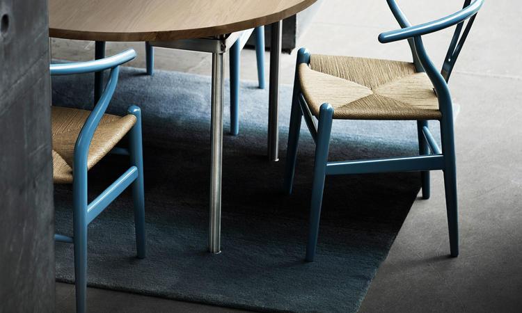 Carl Hansen & Søn CH388 Matbord i massiv ek och rostfritt stål