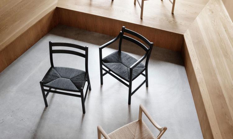 Carl Hansen & Søn CH46 Karmstol i ek av Hans J. Wegner