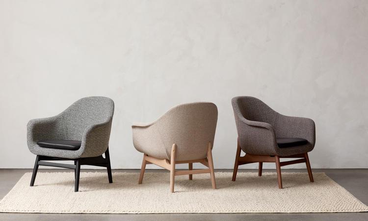 Menu Harbour Lounge Chair Fåtölj i ek av Norm Architects