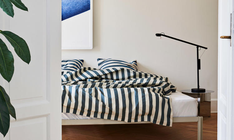 HAY Fifty-Fifty Table Lamp Bordslampa i färgen Soft Black