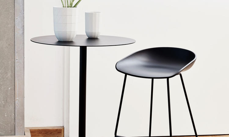 HAY Neu Table High Barbord i anthracite