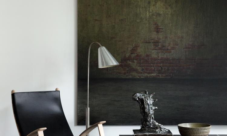 Klassik Studio Kings Chair Fåtölj i massiv ek och svart sadelläder