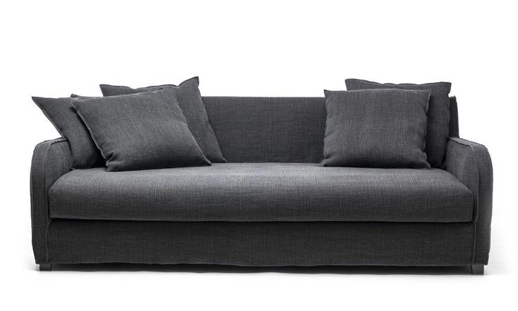 Next 16 är en djup och stor soffa från italienska Gervasoni