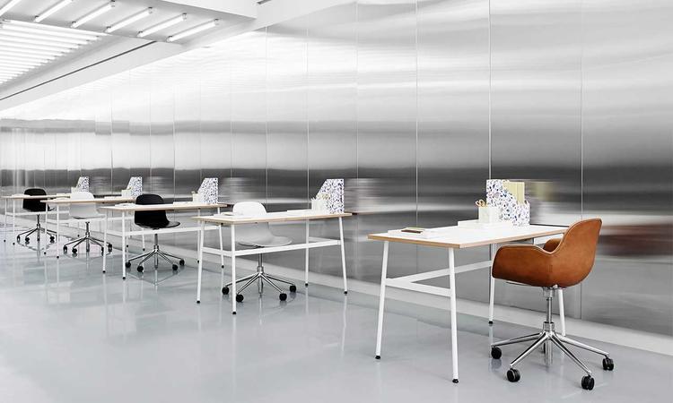Form Kontorsstol i läder från Normann Copenhagen