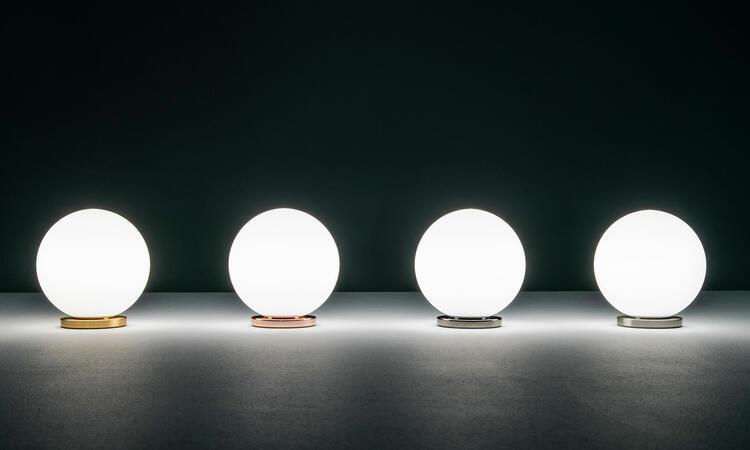 Vackert ljus från bordslampan Pallina