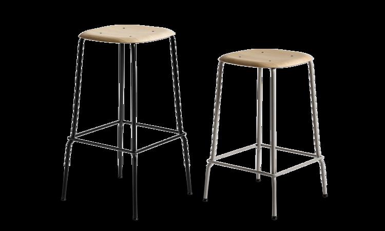 HAY Soft Edge 30 Barstol med sits i mattlackad ek och underrede i svart och grå