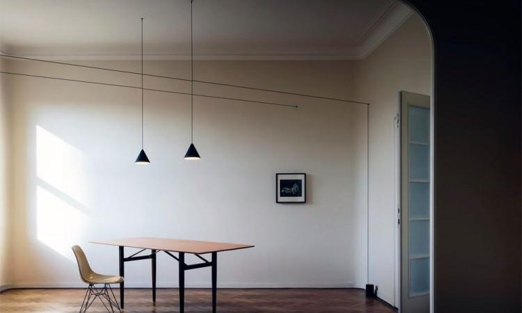 Pendeln String Lights Cone från Flos i svart färg