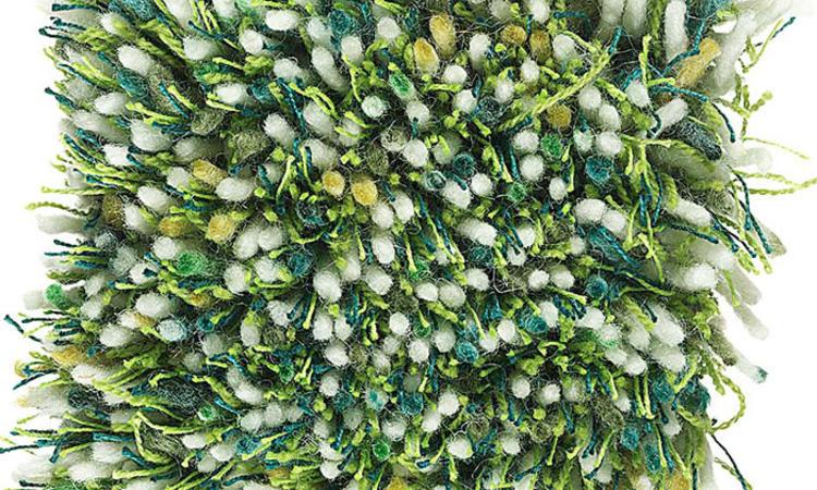 Kasthall Tekla Handtuftad matta i färgen Apple Sour 310