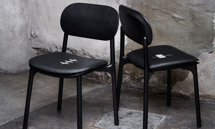 Zanat Unna Chair Stol i svartlackad lönn