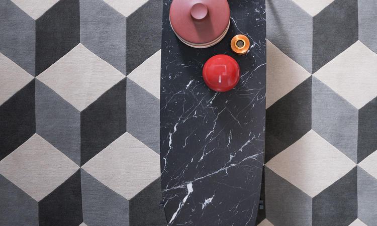 Zanotta 671 Niobe Marquina Soffbord i svart marmor