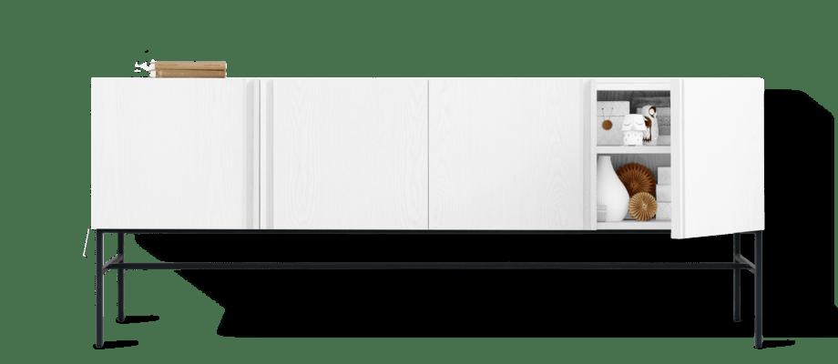 Fogia Boss Sideboard i vitbetsad ask med svarta ben i metall