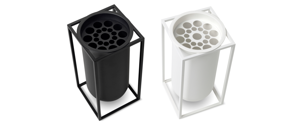By Lassen Kubus Lolo Vas i svart och vit färg med avtagbar växtdelare