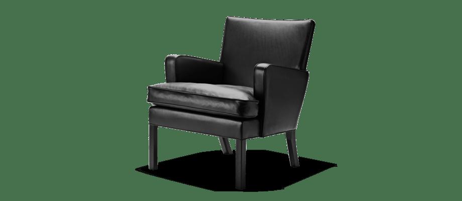 Carl Hansen & Søn KK53130 Easy Chair i svartlackad ek med svart skinnklädsel