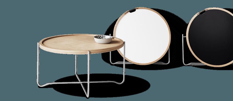 Hans J Wegners hopfällbara brickbord CH417 Tray Table finns i både laminat och ek
