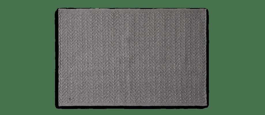 Chhatwal & Jonsson Pani Matta av PET i den mörkgrå färgen Charcoal Grey
