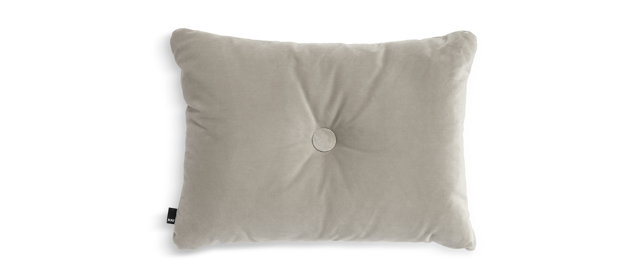 HAY Dot Cushion Soft Beige Kudde med knapp i velour
