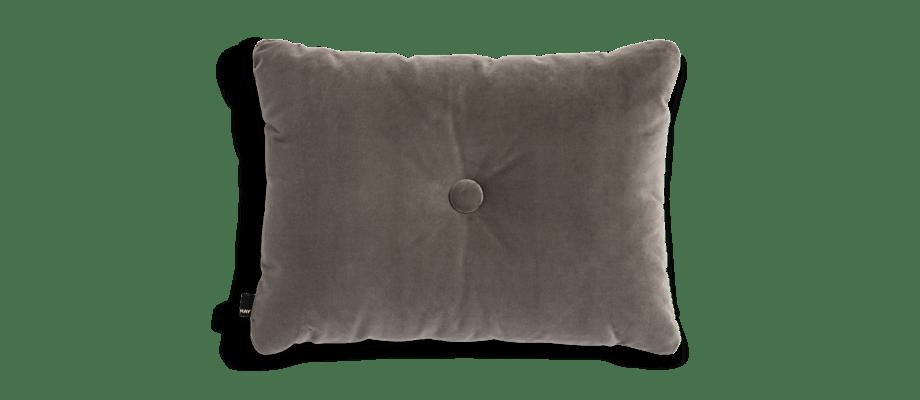 HAY Dot Cushion Soft Warm Grey Kudde i grå velour med knapp