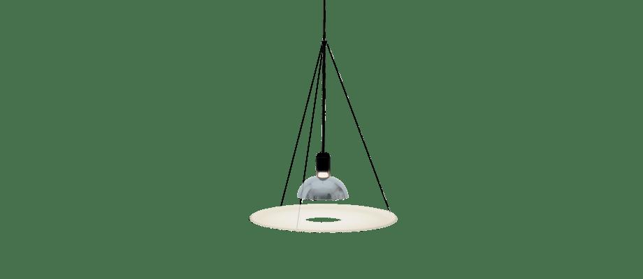 Flos Frisbi är en nätt lampa som kan hängas upp som en pendel vart som helst i ditt hem