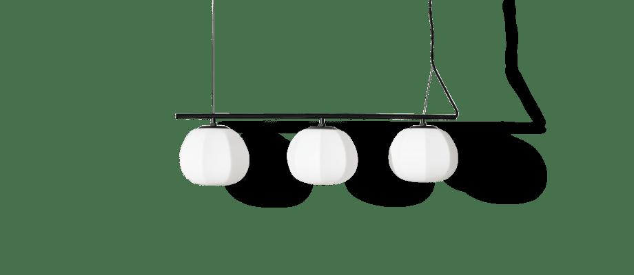 Fogia Persimon Kluster Pendelskena med tre lampskärmar i opalglas och dimbara ljuskällor