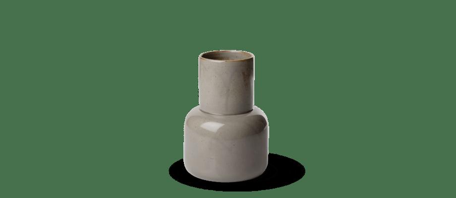 Fritz Hansen Objects Vase är en vas i glaserat stengods av berömda Cecilie Manz