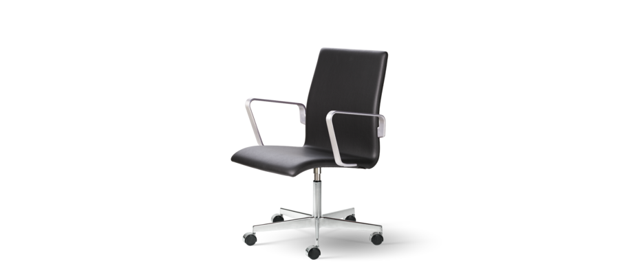 Fritz Hansen Oxford Classic 3291C Skrivbordsstol i svart skinn