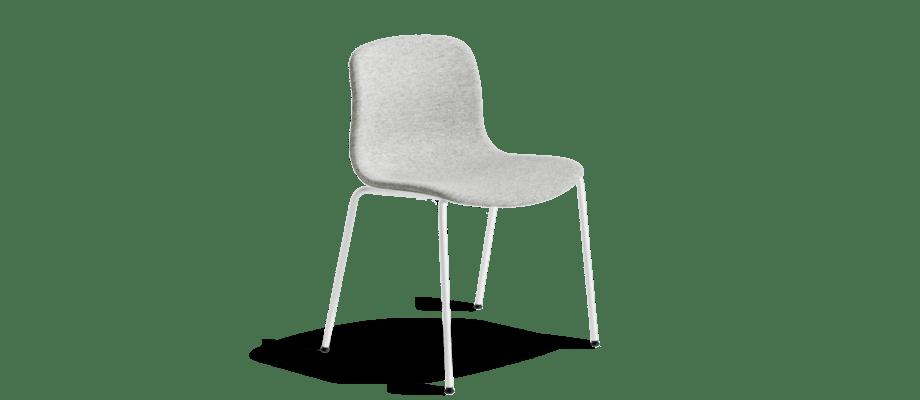 På Olsson & Gerthel finns stolen About a Chair AAC17 från HAY i alla tyger, läder och färger