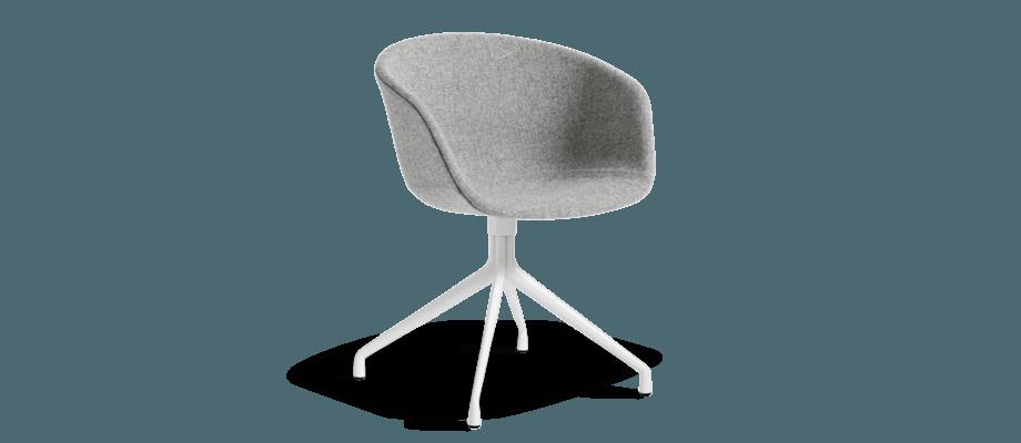 Karmstolen AAC21 ingår i serien About a Chair från danska HAY