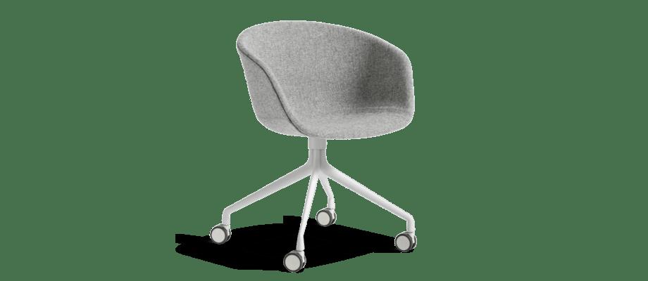 Kontorsstolen About a Chair AAC25 med klädd sits och underrede i aluminium från HAY