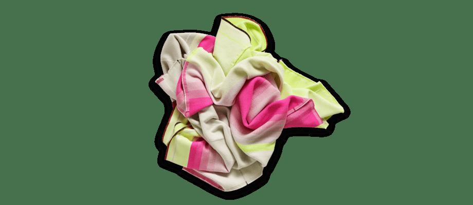 Från HAY kommer nu Colour Plaid i merinoull med flera färgsprakande nyanser
