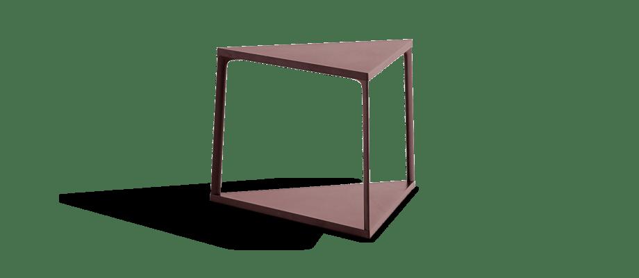 HAY Eiffel Triangle Table Sidobord i den röda färgen Dark Brick
