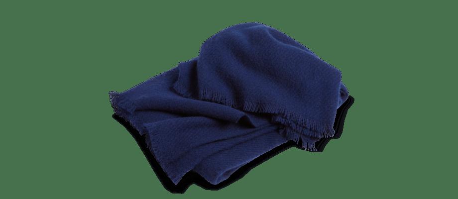 HAY Mono Blanket Midnight Blue Filt i blå färg