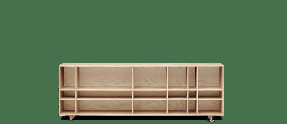 Sideboarden Kilt Open 180 är designad av Claesson Koivisto Rune för Asplund