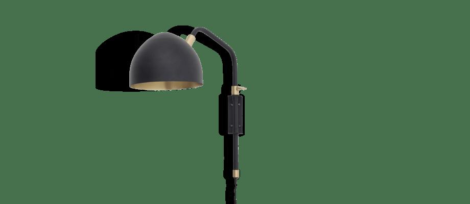 Klassik Studio 1 Wall Lamp Vägglampa i mattsvart färg och detaljer i mässing